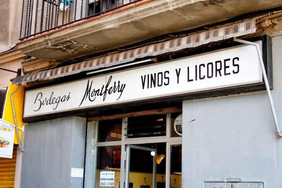 Mari Cocinillas - Vermut y Bravas en Barcelona, Bodega Montferry