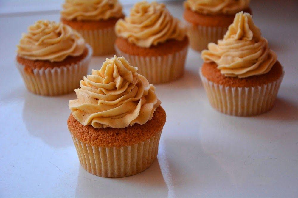 Cómo hacer crema de mantequilla o buttercream para cupcakes