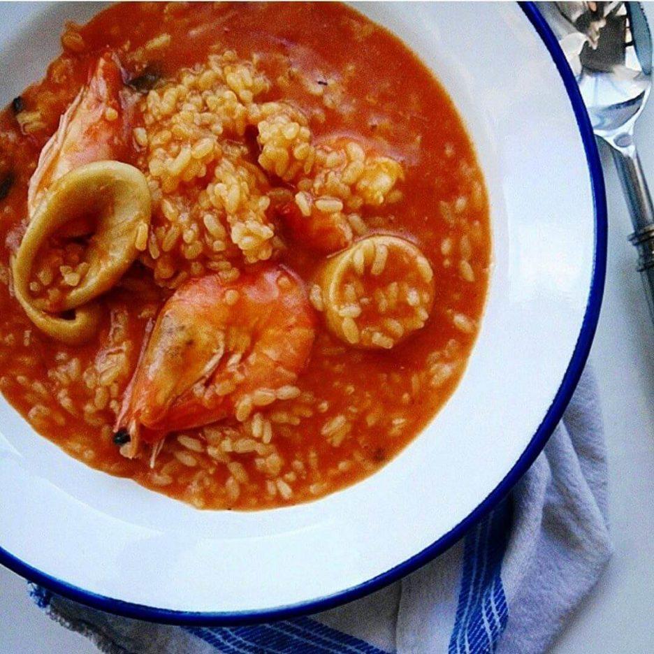 Mari Cocinillas - Receta de Arroz Caldoso de Calamares y Langostinos