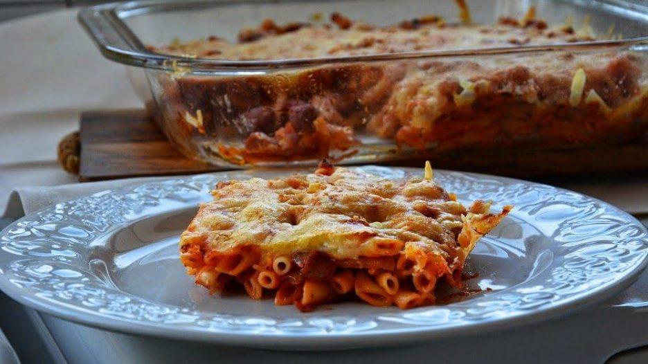 Mari Cocinillas - Macarrones con chorizo receta de pasta fácil y rápida
