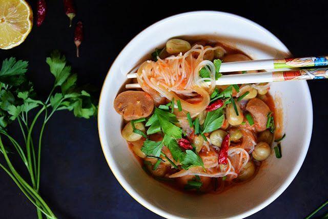 Mari Cocinillas - Sopa de Fideos Chinos de Arroz y Verduras