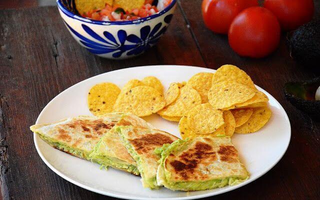 Mari Cocinillas - Quesadillas de pollo, queso y aguacate