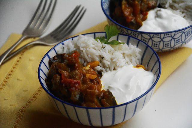 Curry de berenjenas con leche de coco