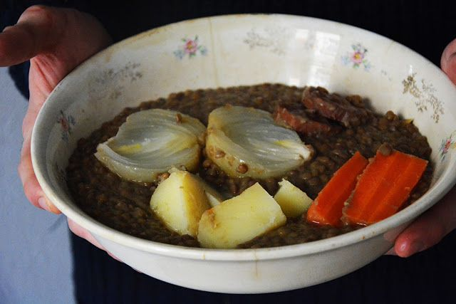 Lentejas estofadas con chorizo, receta tradicional