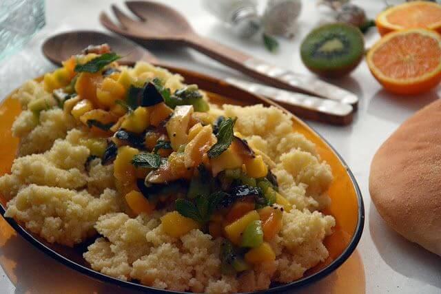 Mari Cocinillas - Cous Cous con Frutas y Albahaca