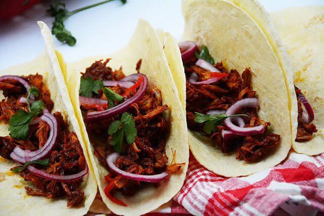 Mari Cocinillas - cómo hacer cochinita pibil, receta de tacos caseros