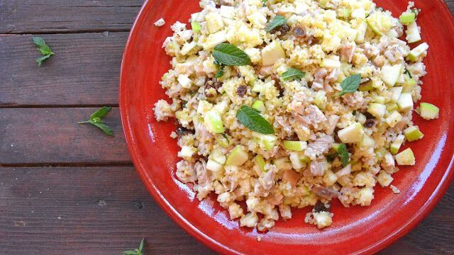 Mari Cocinillas - Ensalada de bulgur con pollo, manzana y pasas