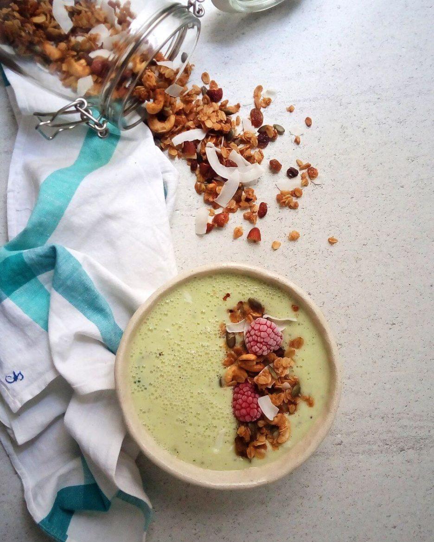 Mari Cocinillas - Smoothie de melón, kiwi y hierbabuena
