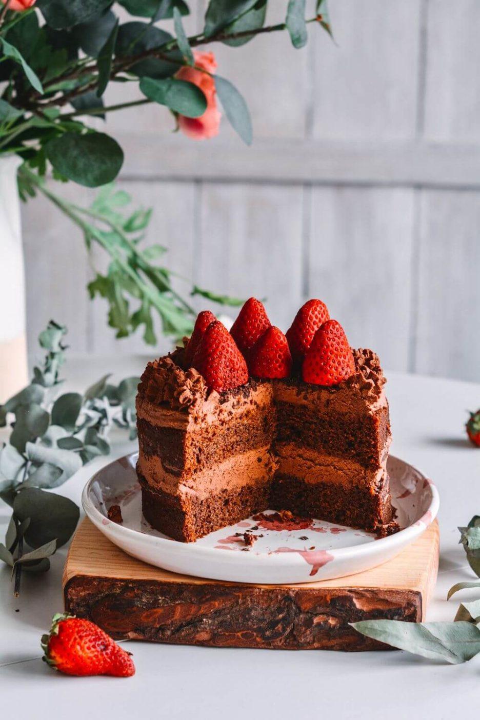 Mari Cocinillas - TARTA DE CHOCOLATE FÁCIL. RECETA LAYER CAKE