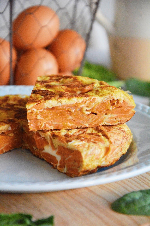 ¿Cómo de hace una tortilla jugosa de boniato?