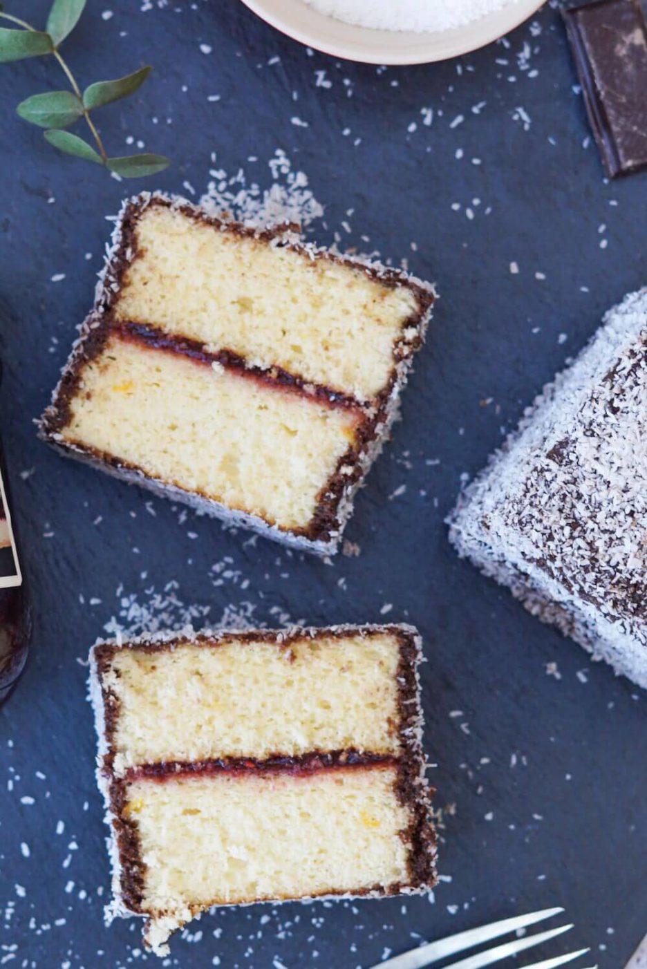 Mari Cocinillas - LAMINGTONS CAKE