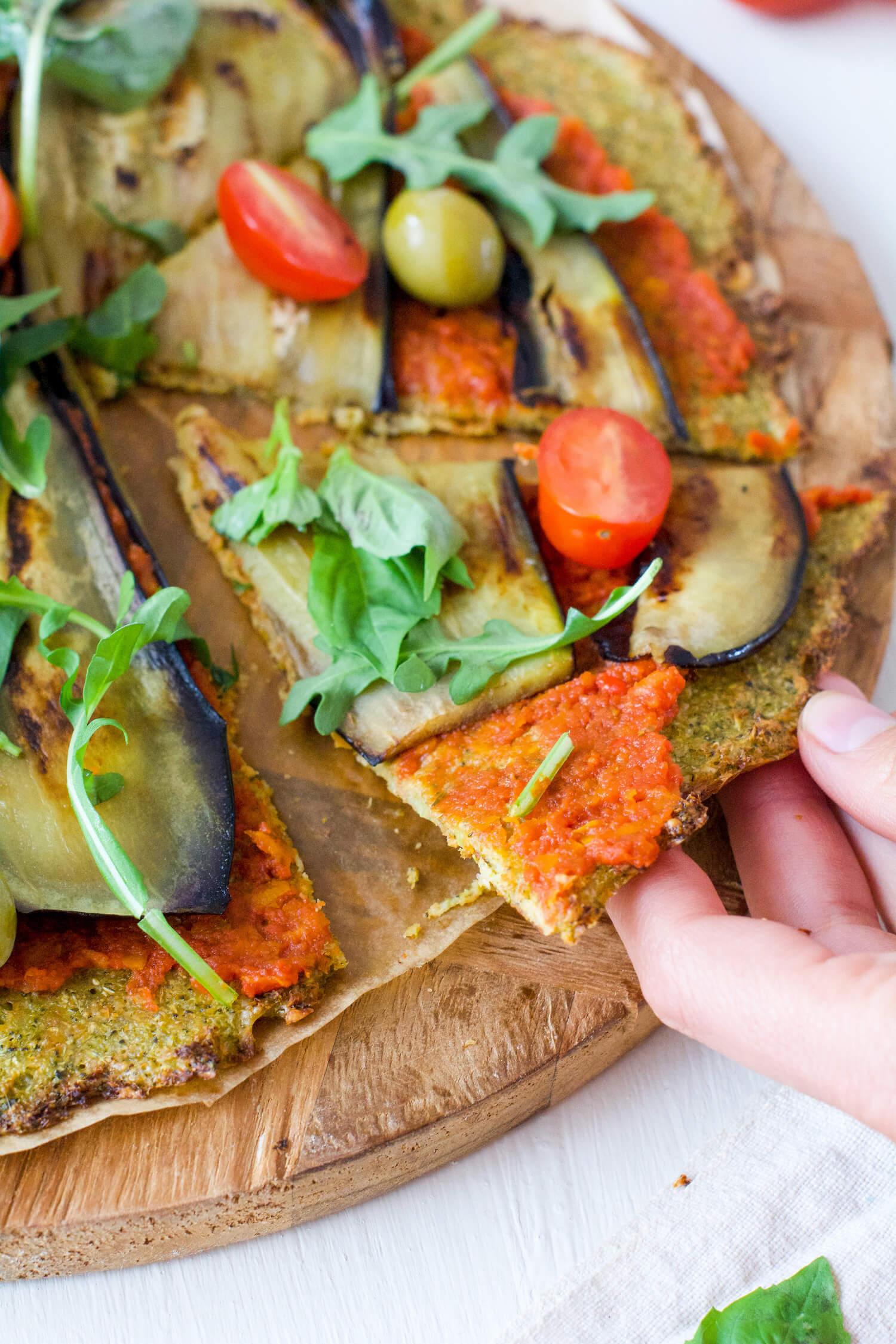 pizza con base de brocoli